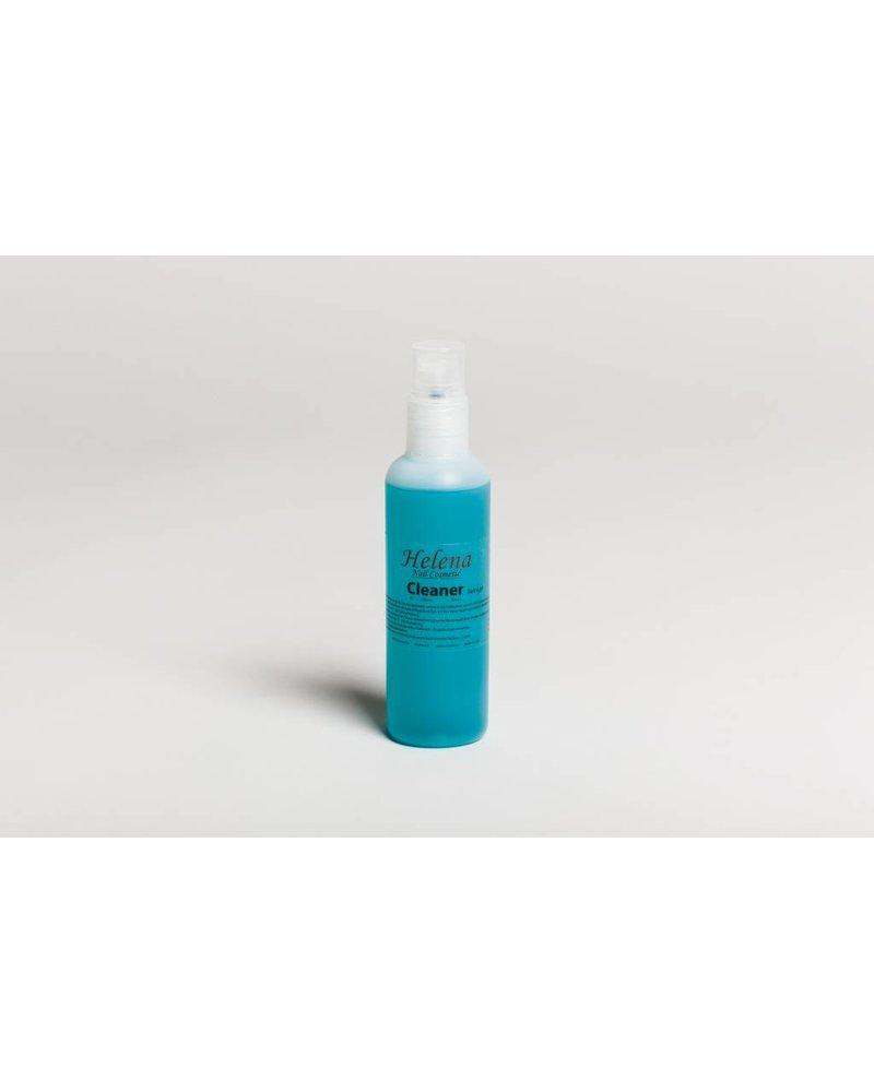 Helena Melmer Cosmetics Reinigungsflüssigkeit in der Sprühflasche