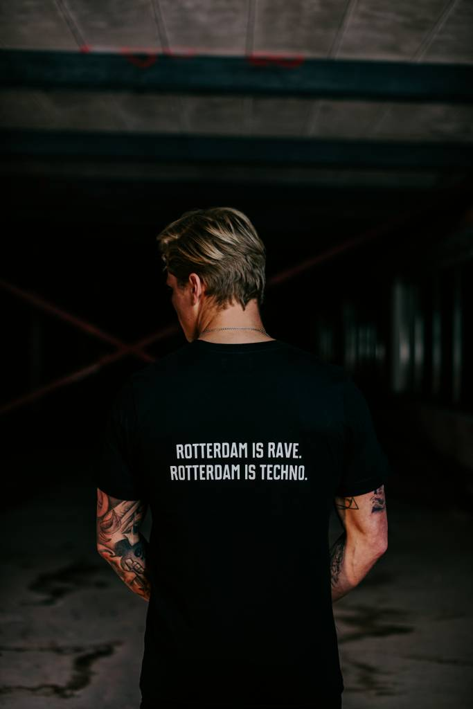 Rotterdam Rave T-shirt (man) Rotterdam is rave. Rotterdam is techno.