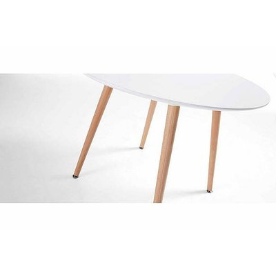 Bloomingville round dining table