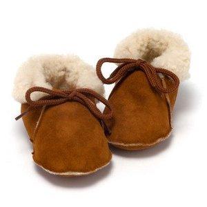 Baby Dutch babyslofjes wollige winterslofjes bruin
