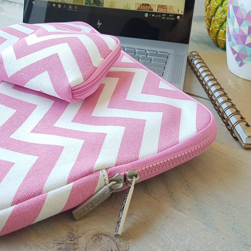 13inch-Dames-Laptop-sleeve-Zigzag-Roze