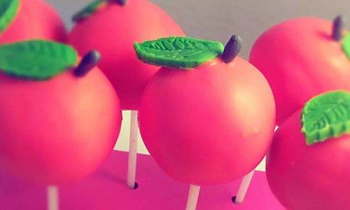 Zitrus-Apfel Cake-Pops