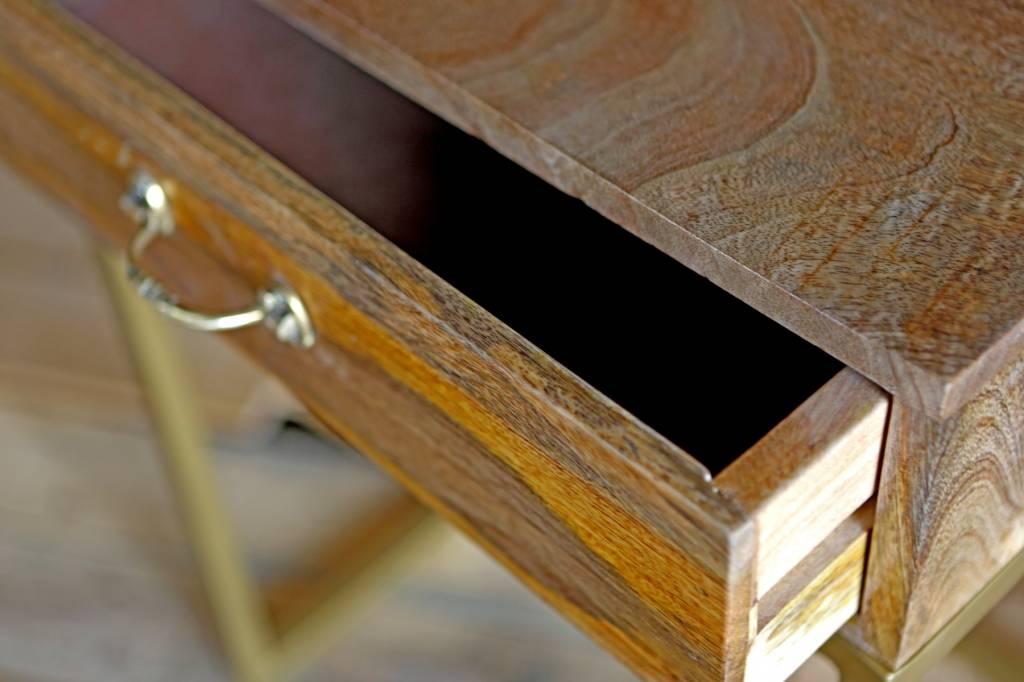 design sideboard elegante kombination aus holz und gold. Black Bedroom Furniture Sets. Home Design Ideas