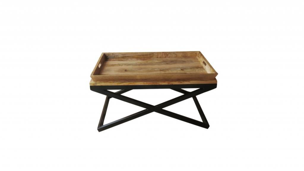 couchtisch altholz mit metall raum und m beldesign inspiration. Black Bedroom Furniture Sets. Home Design Ideas