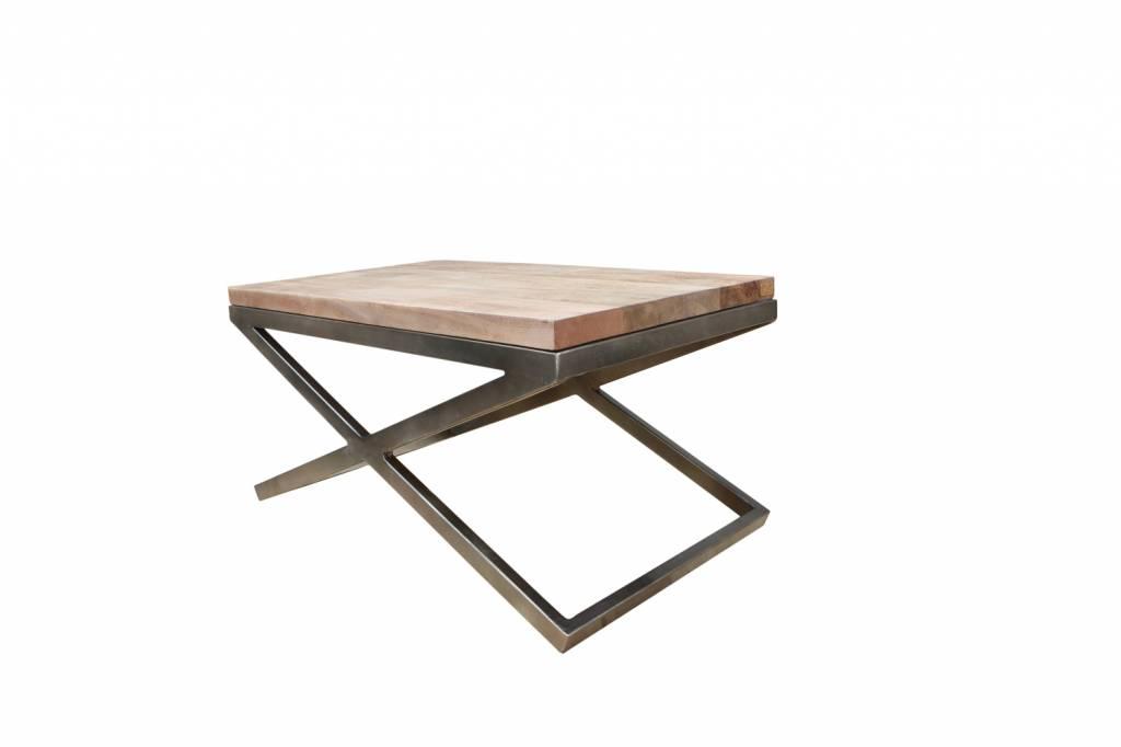 couchtisch lucy holz und metall im einzigartigen design. Black Bedroom Furniture Sets. Home Design Ideas