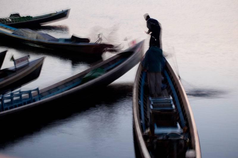 "Akustikbild mit Motiv ""BOATS IN MORNING MIST - INLAY LAKE"" - Burma"