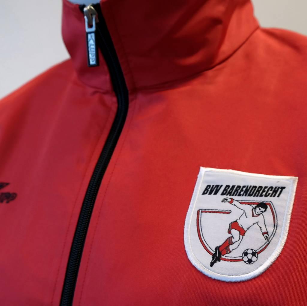 Regenjack Barendrecht, Rood