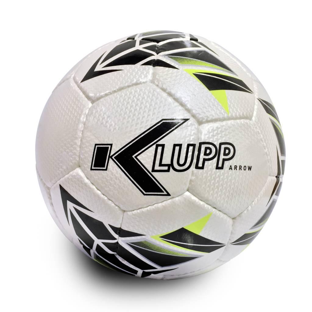 Klupp Arrow Voetbal, met DBS logo