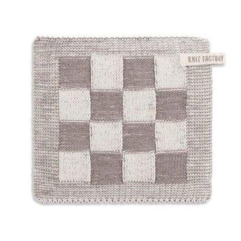 Knit Factory Knitted Potholder Blok Light grey