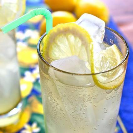 cocktail-klaar-voor-de-kus-pineut