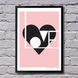 Lu West Giclée print Love roze