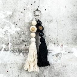 Madu-Madu Accessory Keychain tassel black