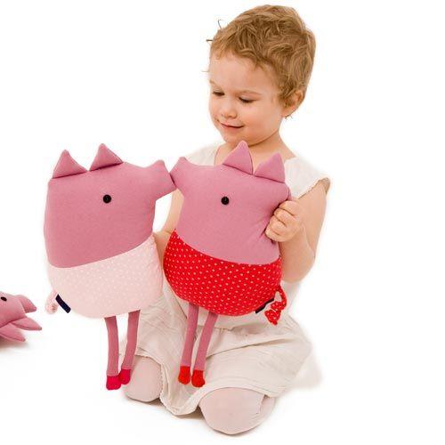 Cuddle piggy