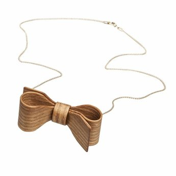 Necklace wooden bow