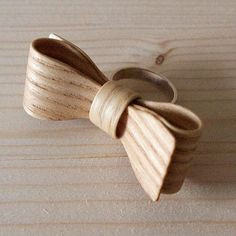 Ring Houten strik
