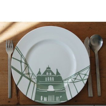 Plate Tower Bridge