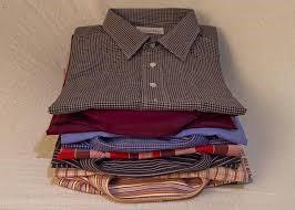 blouse lavage repassage la main pliage repass express shop. Black Bedroom Furniture Sets. Home Design Ideas