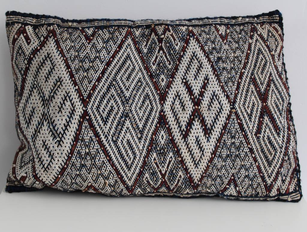 Riadlifestyle Marokkaanse vintage berber kussen