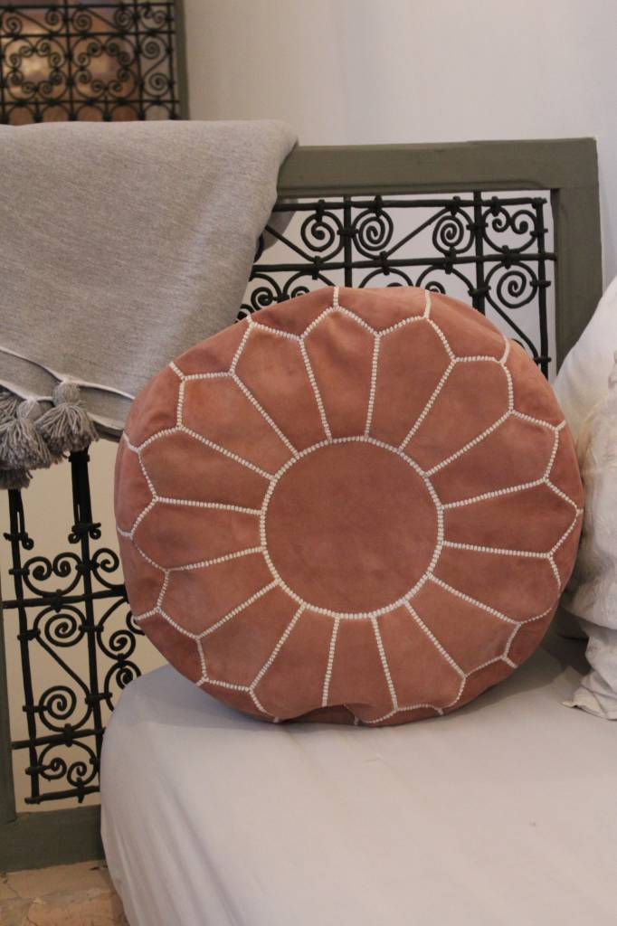 Riadlifestyle Suede pouf pink