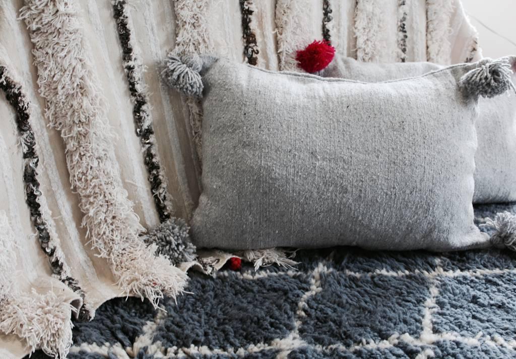 Riadlifestyle Pom Pom cushion grey