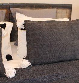Riadlifestyle Pom Pom cushion Black
