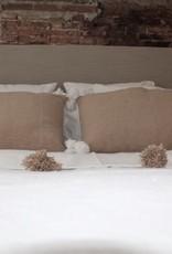 Riadlifestyle Pom Pom cushion beige