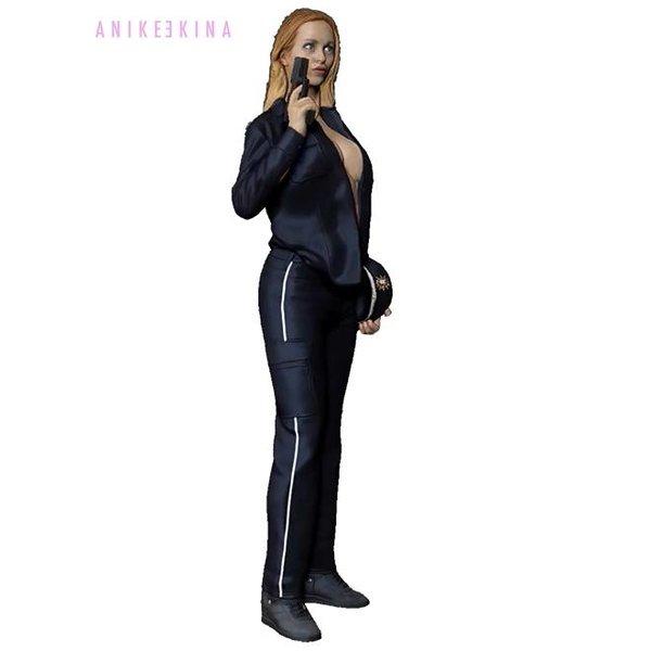 Anike Ekina - Sexy Police Gun-Girl | verschiedene Größen