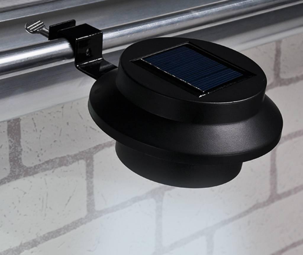 led solarleuchten solarstrahler solarlampen f r dachrinnen 2er schwarz 70193 ewega. Black Bedroom Furniture Sets. Home Design Ideas