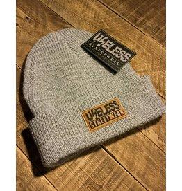 Useless Streetwear - Beanie, hellgrau mit veganem Patch