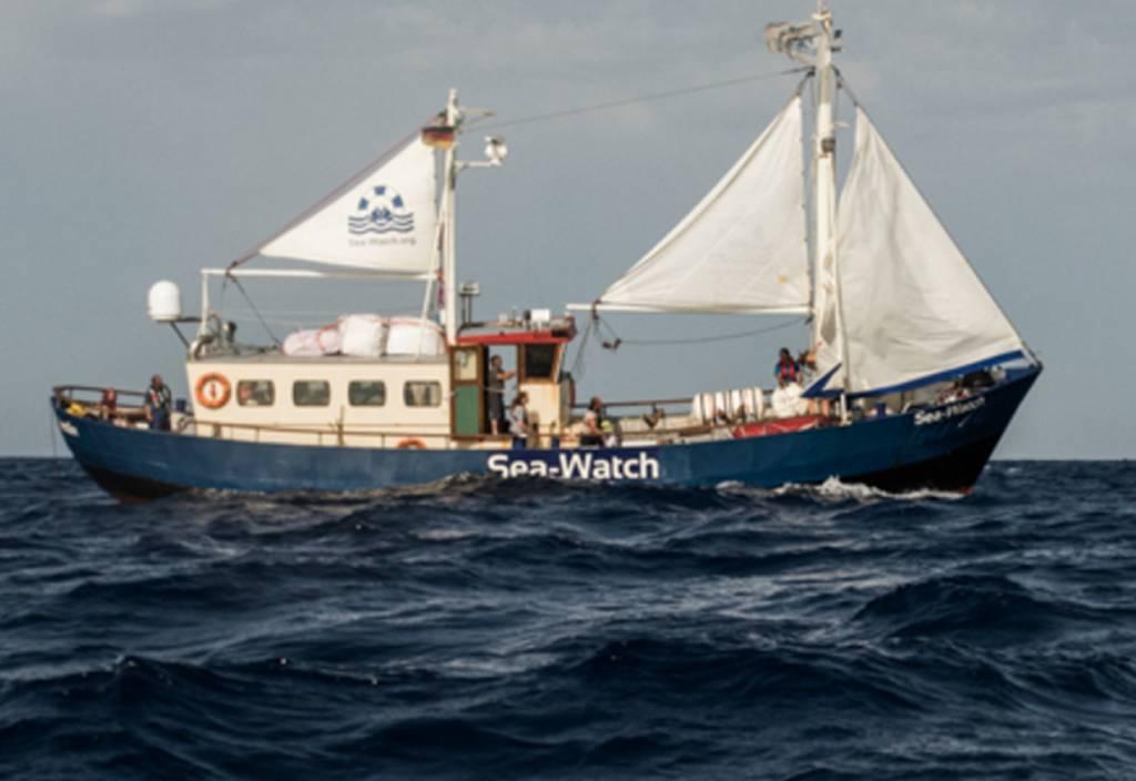 Useless unterstützt Flüchtlingshelfer Sea-Watch