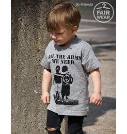 Useless Kidsshirt - All the arms we need  - Fair Wear - Bio