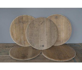 Wine barrel lid