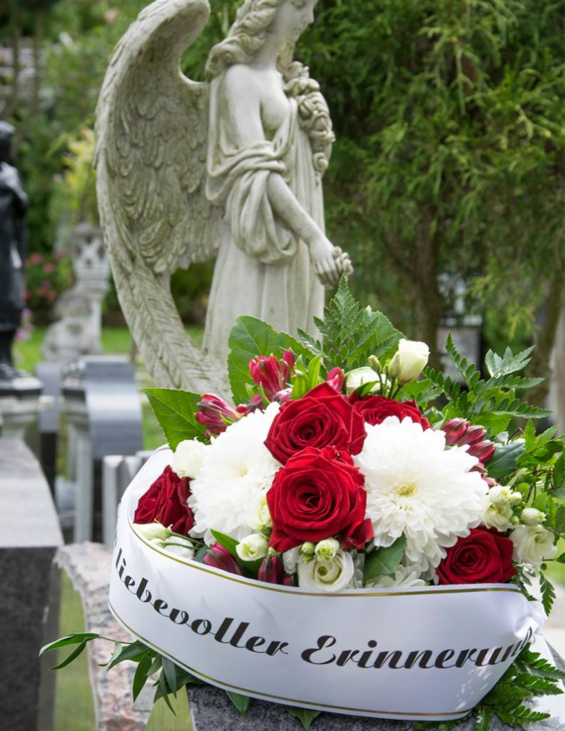 """Kondolenzstrauß """"Erinnerung"""""""
