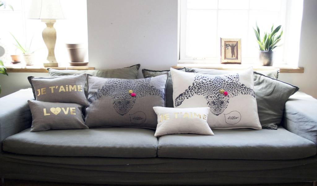 ATSUYO ET AKIKO bonne nuit letter cushion coconut + gold foil