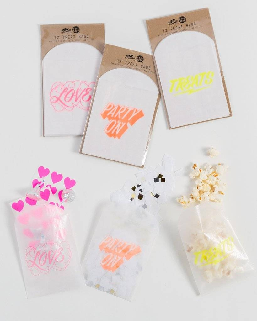 KNOT & BOW party on glassine treat bags