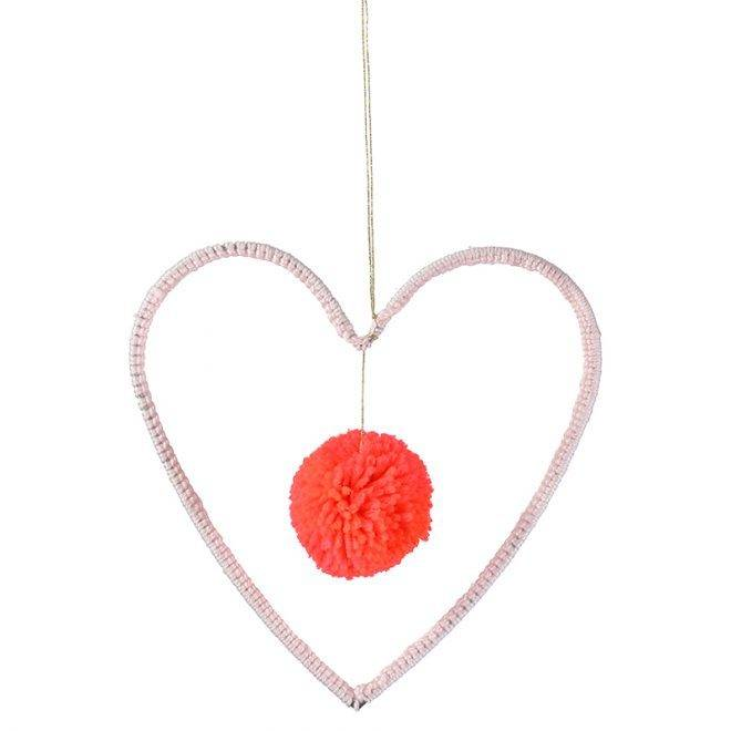MERIMERI Wire and wool heart decoration