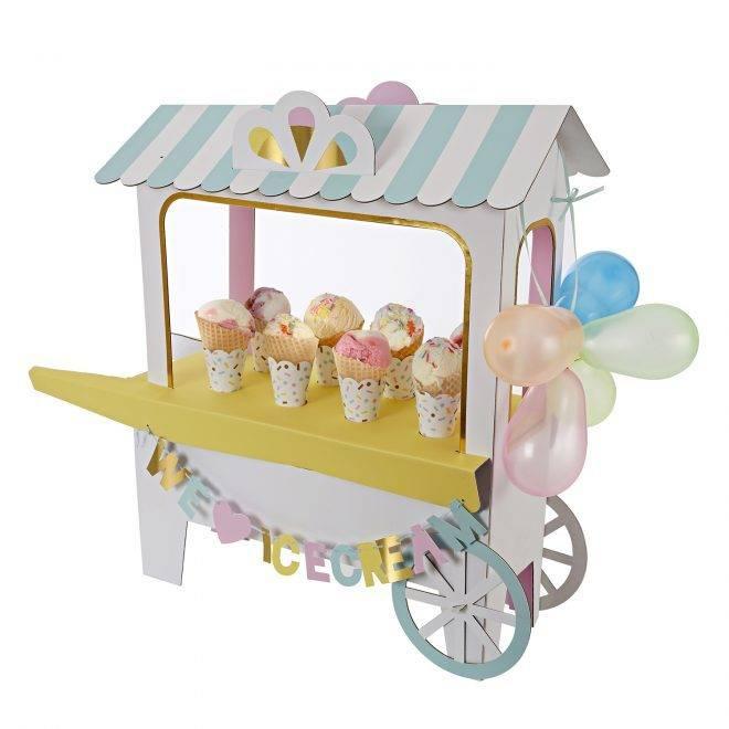 MERIMERI Ice cream cart centerpiece