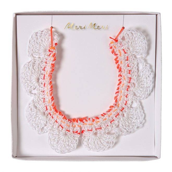MERIMERI Crochet collar necklace