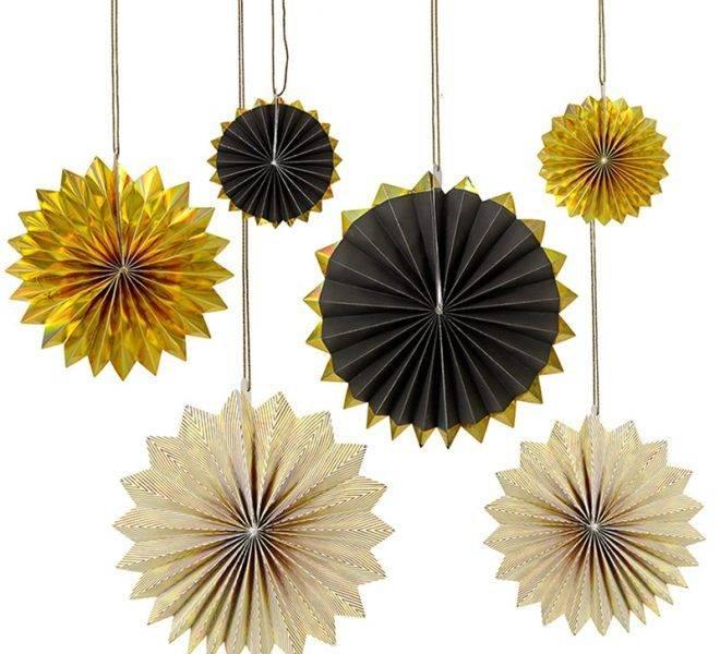 MERIMERI Black and gold pinwheels