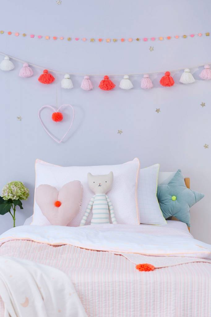 MERIMERI Wool tassel garland pink