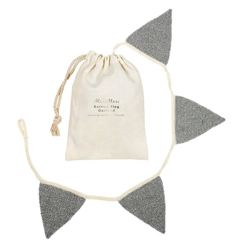 MERIMERI silver knitted garland