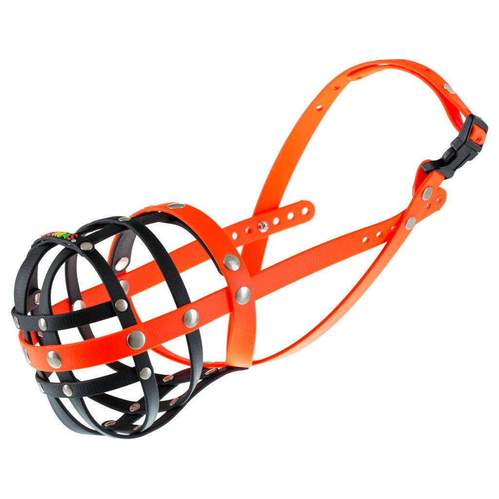 BUMAS - das Original. BUMAS muilkorf van Biothane® maat 8 in zwart/oranje O 30cm / L 11cm