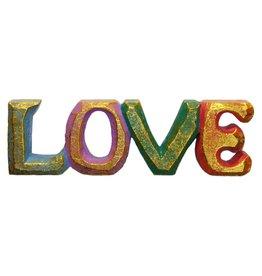 Farbenfroher LOVE Deko Schriftzug