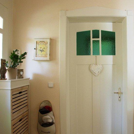 gro es rustikales handgefertigtes holzherz zum aufh ngen bersama. Black Bedroom Furniture Sets. Home Design Ideas