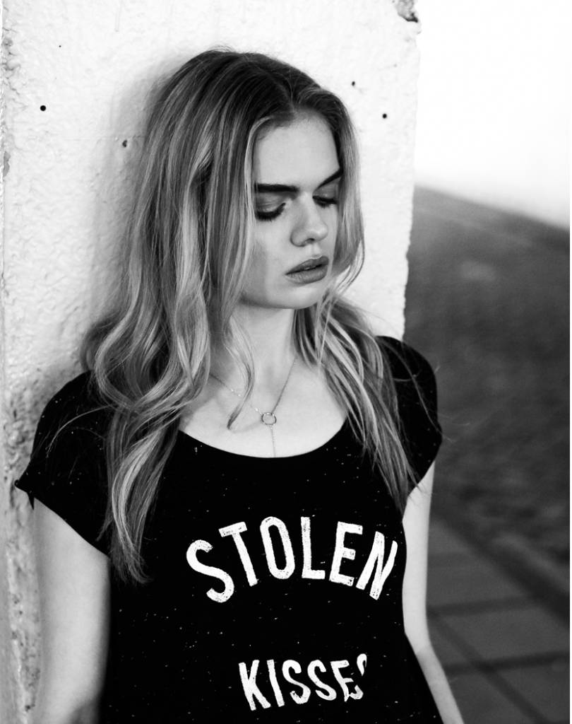 T-shirt Stolen Kisses