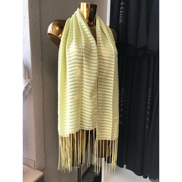 Schal aus Satin