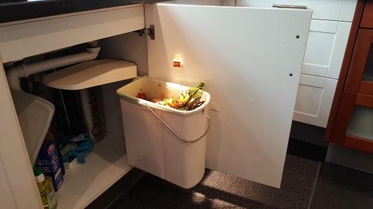 fruitvliegjes afval scheiden