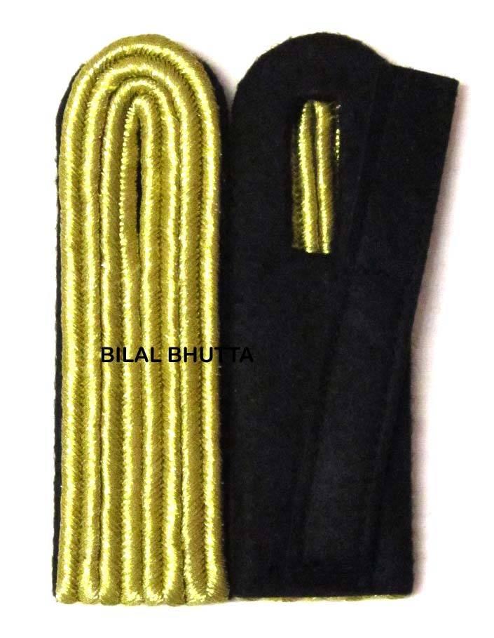4-streifige Schulterstücke in goldfarbig