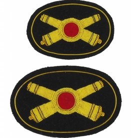 Handgesticktes Offizierskepiabzeichen gekreuzte Kanonen
