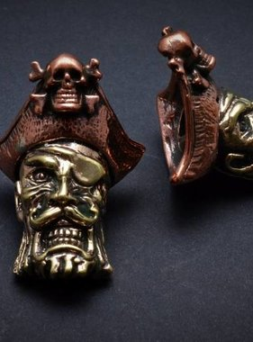 Lion ARMory Captain Blackbeard Bead